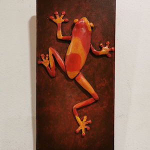 tree-frog-red-lg